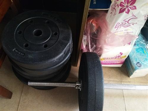 70kg杠鈴(9成新買了不到一個月,沒時間健身轉讓)324元購入,200元轉讓(自己上門提貨)。另外...