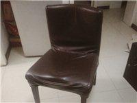 餐厅9.5成新桌椅特价出售 需要的请联系18993745156