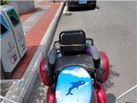 一年的民鑫电动三轮车,72付,可以骑60公里左右,三个轮子都是碟刹,齿轮电机,力好的很,手续全部齐全...