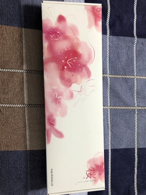 阿米洛櫻花紅軸白燈版  19年8月5日購于上海專柜