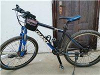 捷安特山地自行车经典款atx770,上班没时间骑了,买的时候2298,13年郑州上学买的,质量过硬,...