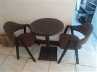 休闲桌椅便宜处理:十把椅子一张四人桌三张双人桌,质量杠杠的!刚用了两个月!原价3670元,现价200...