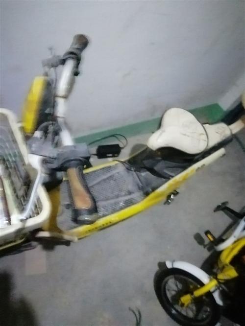 小刀电动车  正常使用  便宜处理