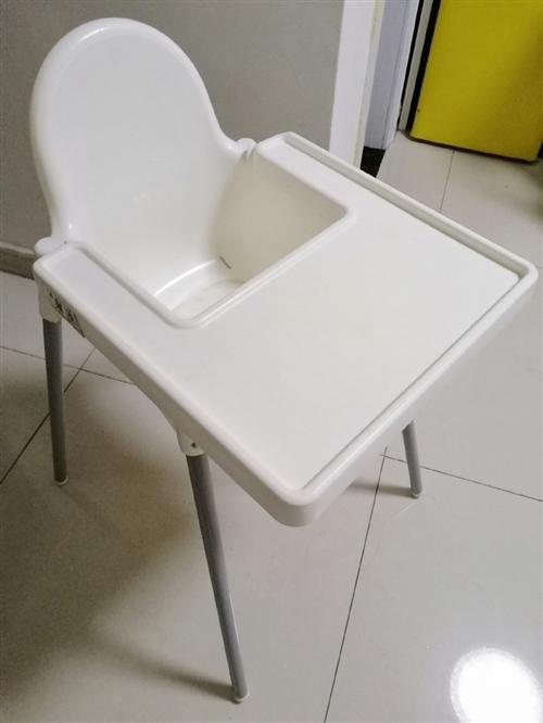 宜家正品兒童餐椅,非常實用的一款餐椅,轉給需要的親。