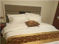 位于黄金地段一宾馆转让   宾馆设施齐全   接手及可营业   面积450平米    联系方式。:1...