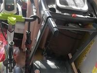 跑步機和運動單車,買后基本沒用,8成新。 地址在在青州市開發區,自取。