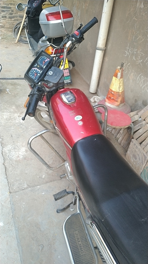 二手摩托车,价格面议