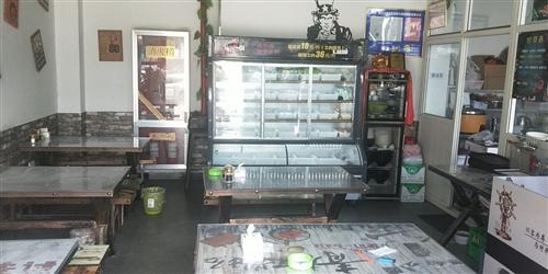 出售一台8成新1.8米菜品展示柜一台