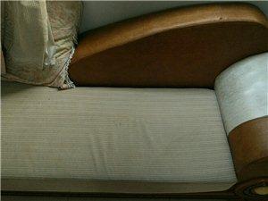 出售二手沙发一套18839766561