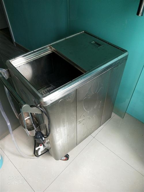 美容院毛巾消毒機,飲水機,冷噴機,所有機器八成新,低價處理。有意者可電話聯系,13175913919
