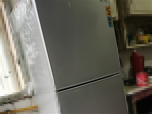 创维三门冰箱,九成新,低价出售,有需要的联系,18109722976
