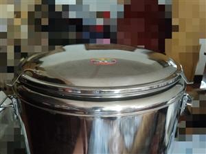 60L全新保温桶,大容量,特价90元一个!!以前买来做小生意,剩下的原价300多元,现特价转卖  ...