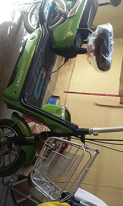 叶柏寿街里出售电动车一台,新换电瓶还在保,700元联系电话15040888772