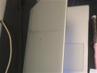 出售一台宏基Aspire V5-471G超薄笔记本。无任何维修外观都贴了膜还很新。需要的请联系我