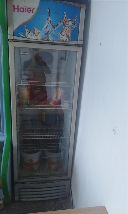冷藏柜用了不到兩年,現騰地方急需處理,一次也沒維修過,沒毛病,節能省電。