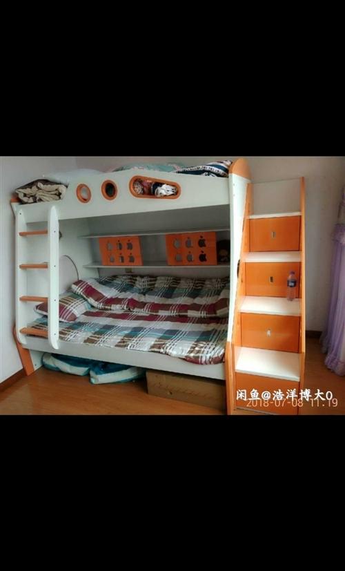 床很新,想給孩子換一張大床,所以出售,自提價格可以便宜。有意向電話聯系。