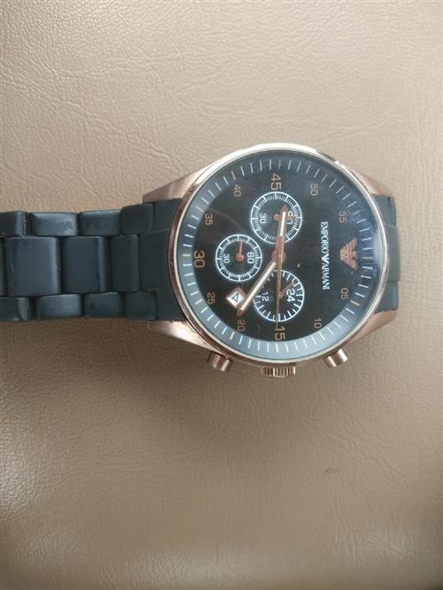 阿玛尼手表便宜卖了,买成两千多。