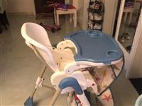 闲置婴儿用品低价出售 通车原价500多现价200 婴儿床原价一套1200现价400餐椅原价480现价...