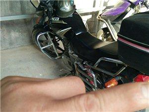 出售济南轻骑125摩托车,车龄5年,车况良好,可过户,