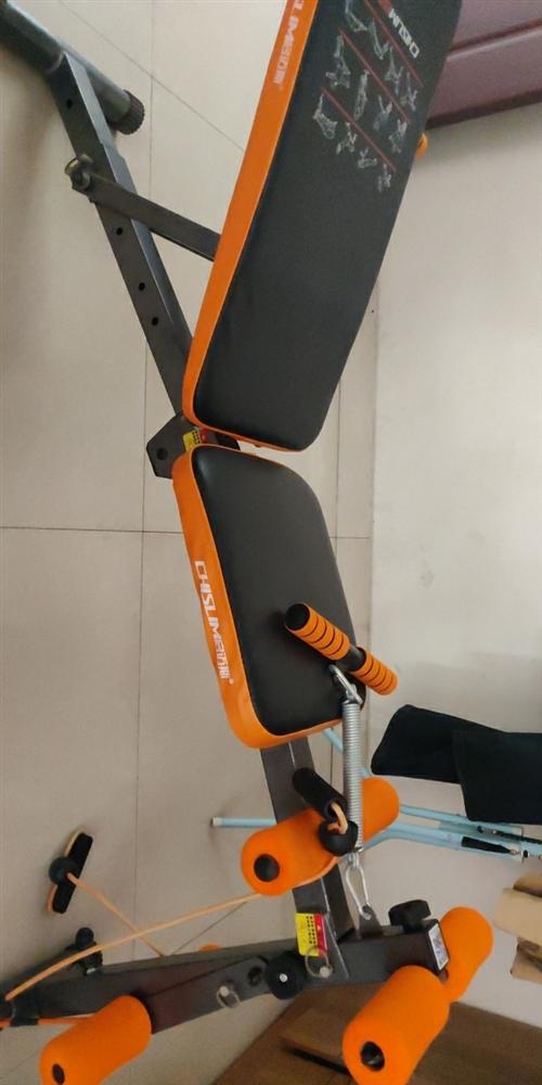 正品启迈斯仰卧起坐板,可折叠,使用方便,不占用空间,买了不到半年,不经常使用,现低价出售。联系电话1...
