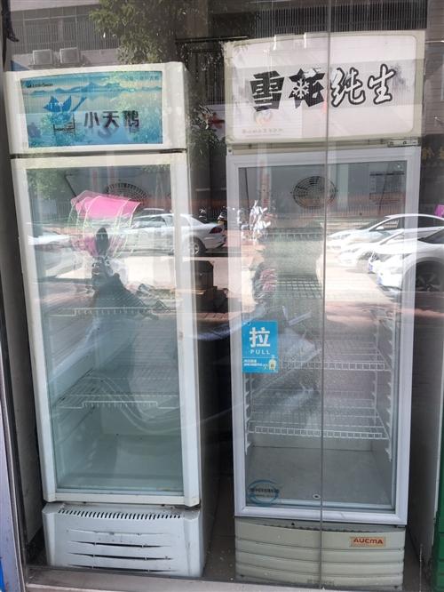 单门展示柜转让,正常使用,价格260-460元