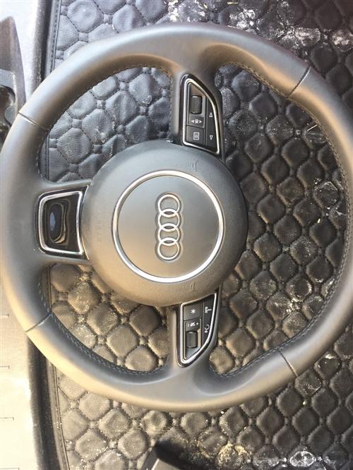 奧迪A6L原車方向盤,純原車,幾乎沒用過,全新,