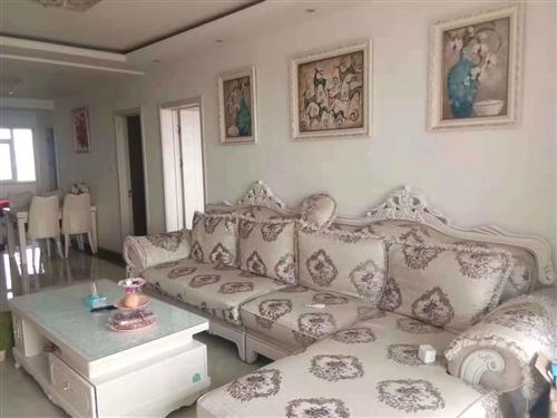 歐式風格沙發+茶幾,95成新,因出售房子,現便宜處理,不講價!