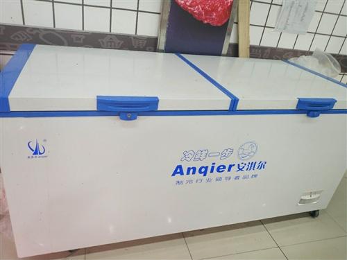 全新冰柜 ,刚用了两个月,长两米一,宽一米,高也是一米,双压缩机,环保无氟节能型,买时3696元,现...