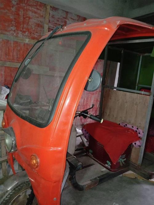 本人因有事外出有一辆载客三轮车出售,价格1500元至1700元,联系电话18016266296