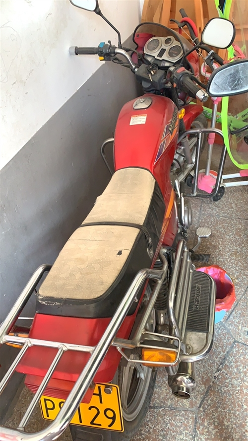 豪爵銀豹150-3 放家閑置想出售 價格私聊 動力都很好,沒大修過,就是換換輪胎電瓶