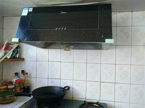 Midea/美的 CXW-180-AS7210-G1顶吸式油烟机,,,家里装修,换新,低价出售,,,...