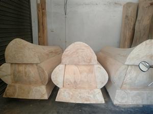 升官发财,见官发财,实木棺材,杉木做的,价格3000~15000不等,各种尺寸,100公里免费运送,...
