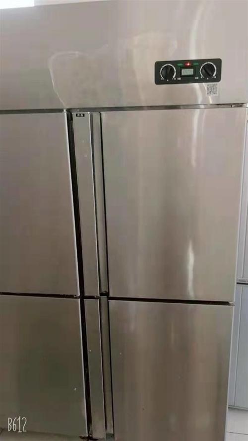 因店面搬遷,無法搬走,低價出售在用冷藏柜,購買時間2018年,一共四個,價格不等,最低是500元,最...
