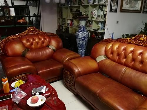 真皮实木沙发,单人,双人各一个!