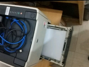 手�C�p面激光打印�C,可手�C平板打印,自�与p面打印。微信13879366533