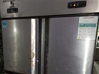 八成新上冷冻下保鲜的餐饮厨房专用冰柜,有需要的请带走