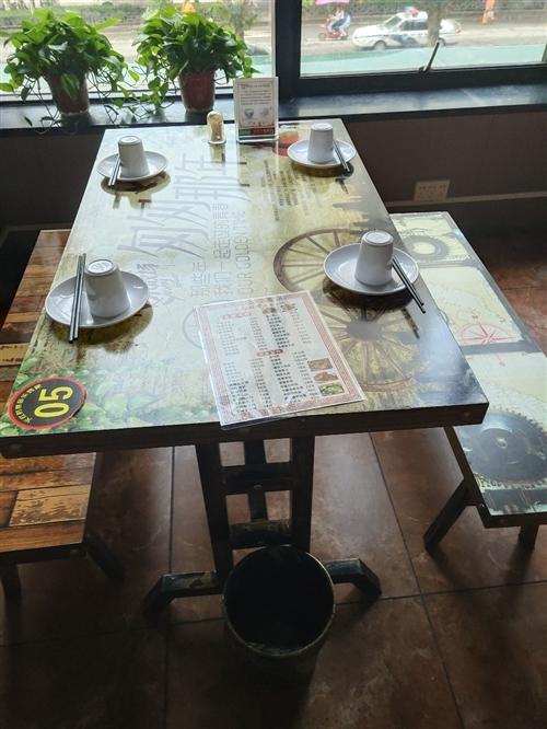 大小餐桌成套出售20套,
