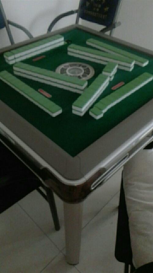 两个麻将桌,9.9成新
