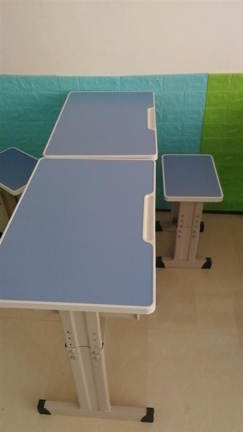 升降桌椅 . 1.2厚鋼管