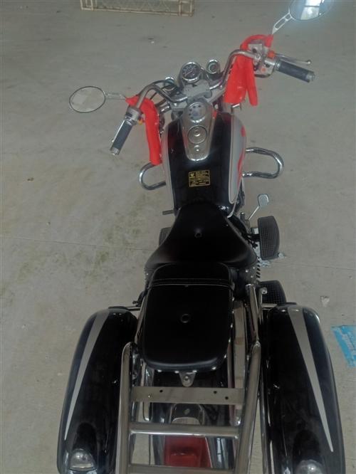 錢江太子摩托車 17年一萬多點公里 全是原廠件沒有任何維修 手續齊全!可以過戶也可以協議