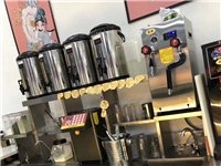 出售奶茶設備一套,八成新!有意者請聯系我們,價格好商量!