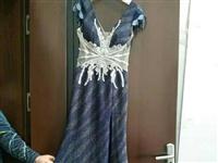 深色礼服高贵典雅,?#25104;?#28165;新可爱,作演出服或者参加酒会宴会时穿都可以,价格可以讲