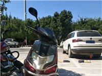 14年三菱摩托车,证件齐全可过户,年审至2020年三月底,因换新车,便宜出售,车有力,上云盖岽带一人...