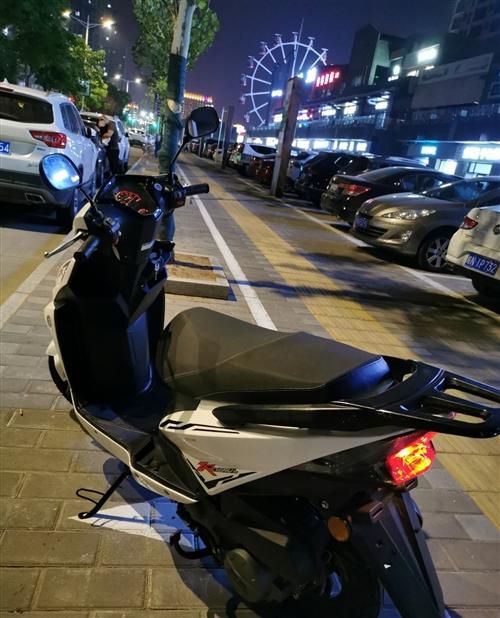 踏板摩托车 今年八月份购买 刚买一个月 3700元购入 现在2600元出售 现在700公里 中央...