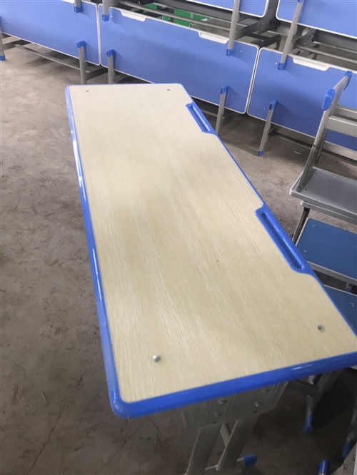 課桌     中小學生課桌椅學校輔導班桌椅培訓午托部固定升降桌椅    廠家直銷  學生課桌...