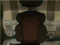 电动按摩椅,颈部,腰部都可以按,正反两个方向,电加热。