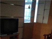 出租萬通商業城,一室一廳家具家電齊全,拎包入住,天然氣取暖,9000/年。電話??139318422...