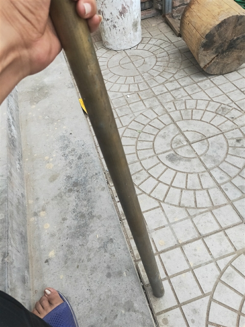 直徑3.5長1.3米銅棒。