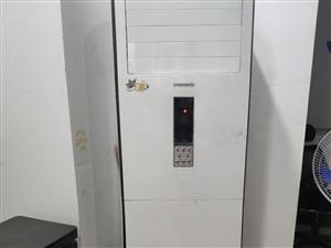 1800元格力立式3P空调转让