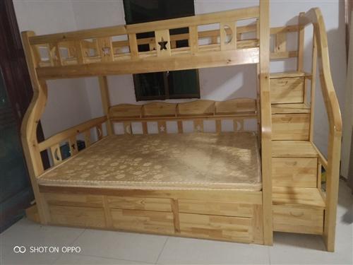 秀山實木上下鋪雙人床9成新便宜處理~ 一層鋪1600寬*2050長~ 二層鋪1200寬*2050...